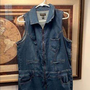 FOREVER 21 PLUS SIZE 2X DENIM JUMPSUIT SLEEVELESS